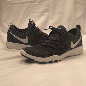 Nike Air Free Grey